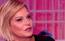 Simona Ventura si confessa su Rai 3: esperienza dolorosa a L'Isola dei Famosi
