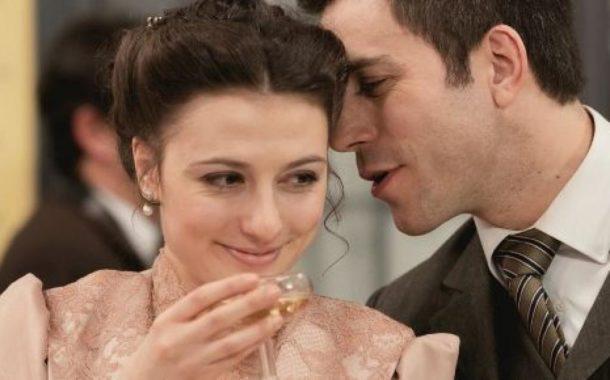 Una Vita, anticipazioni del 20 marzo 2020: Telmo e Lucia vogliono rendere pubblica la loro storia d'amore