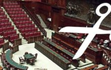 Referendum sul taglio dei parlamentari 2020: cosa prevede e come votare. Le ragioni del SÌ e del NO.